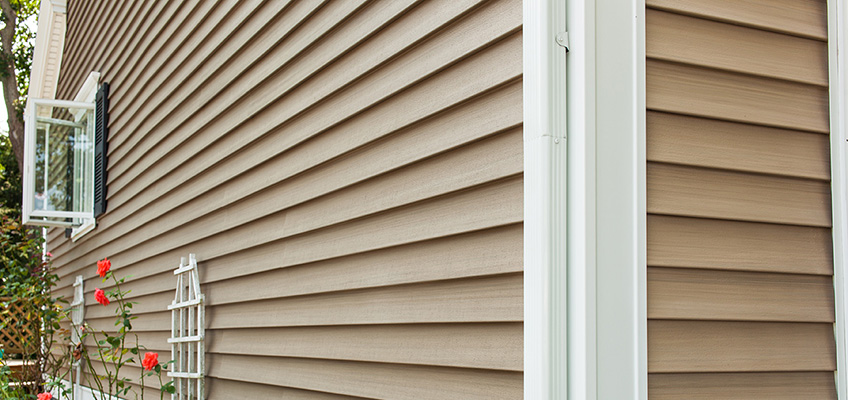 choosing-siding-contractor-blog
